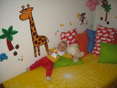Noas nya rum och Giraffkompisen